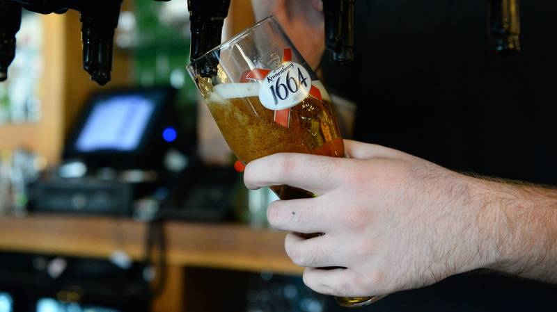 Pubs, Hairdressers And Restaurants In England Can Reopen From 4 July