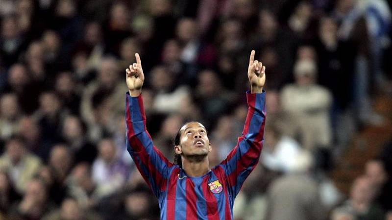 Remembering The Day That Ronaldinho Caused The Bernabeu To Stand
