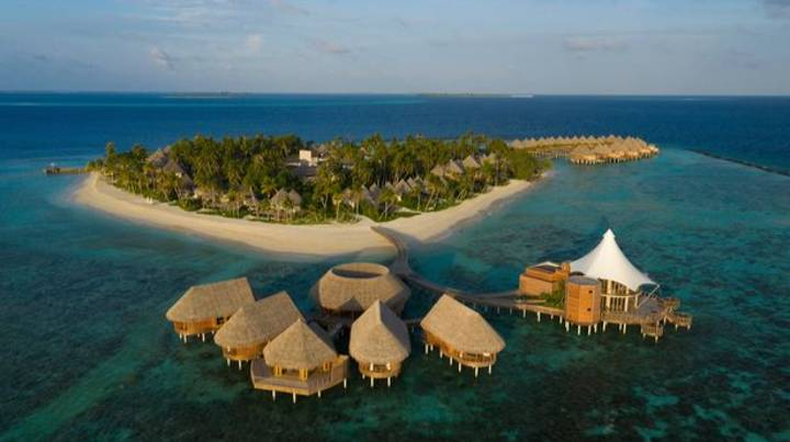 A Resort In The Maldives Is Offering Luxury 'Workations' By The Ocean