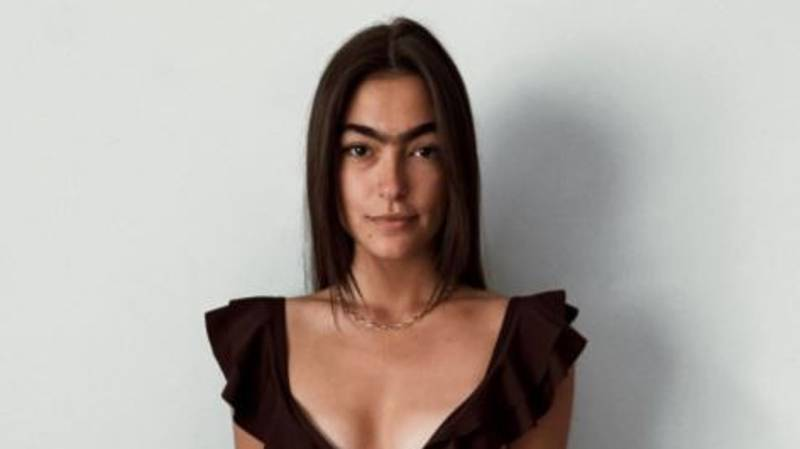 Model Trolled Over Her Monobrow Ditches The Tweezers To Embrace Her Natural Fuzz
