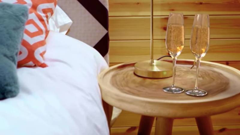 ITV Drops First Look Trailer For New Dating Show The Cabins
