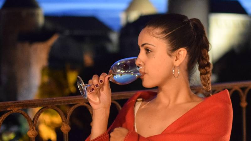 You Can Now Get Paid To Drink Wine And Sample Food In Italy