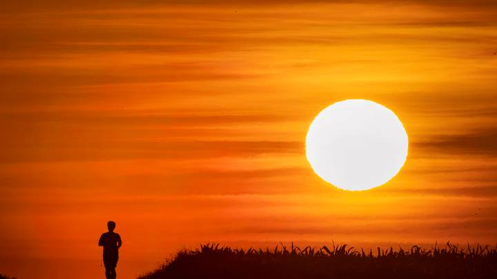 Western Europe Set To Be Hit By Hottest Heatwave Since 2003