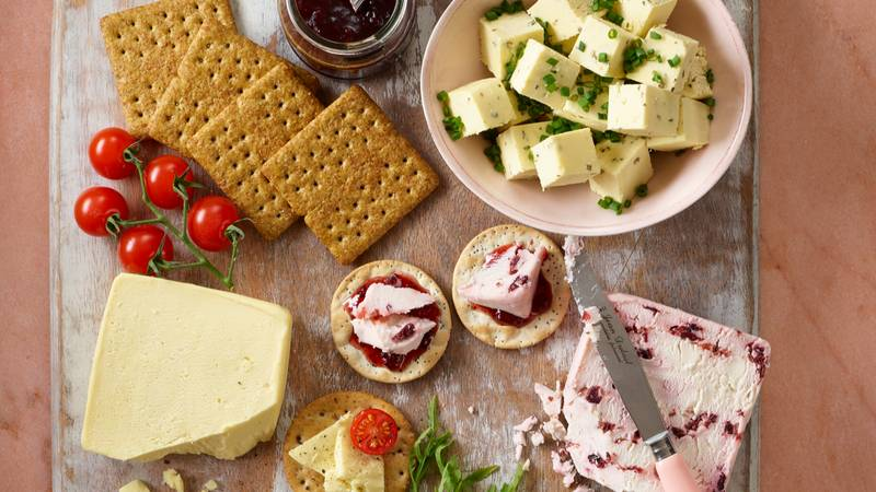 ​This Christmas ASDA Will Be Selling A Vegan Cheeseboard