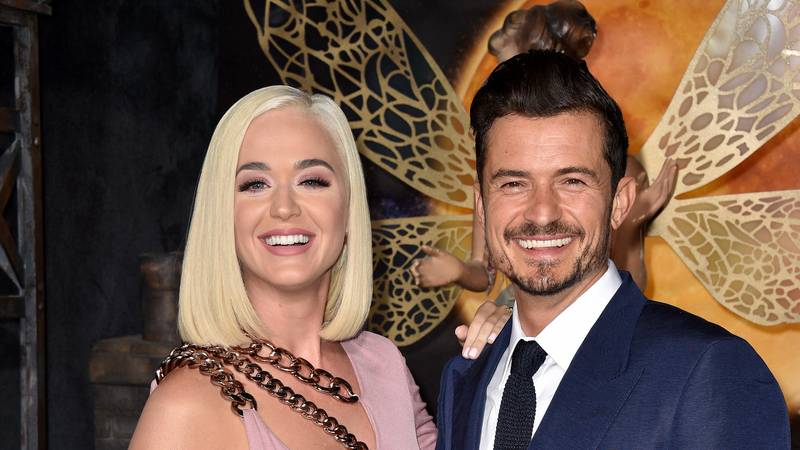 Orlando Bloom Says His Penis Isn't Really That Big After Those Paddleboard Pics With Katy Perry