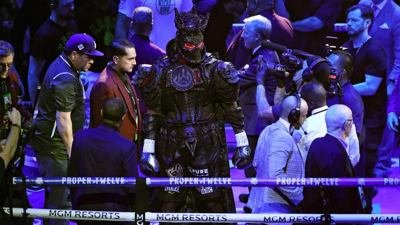 Deontay Wilder Claims 40-Pound Entrance Costume Drained Him Before Fury Fight